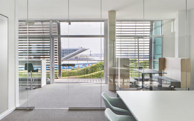 Büroräume Stena Line Hamburg mit Blick aufs Dockland